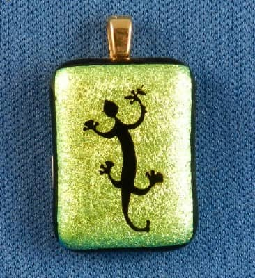 dichroic glass pendant with etched lizard made in the USA